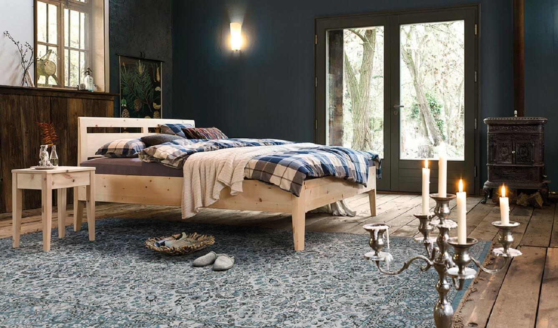 Das Foto zeigt das Zirbenholzbett Kalmera